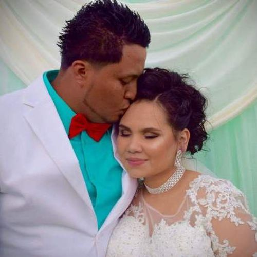 Housekeeper Provider Deandra Vargas's Profile Picture