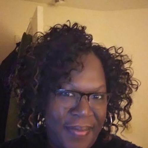 House Sitter Provider Rosalind E's Profile Picture