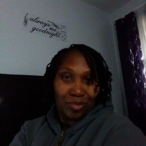 Elder Care Provider Leitha W's Profile Picture