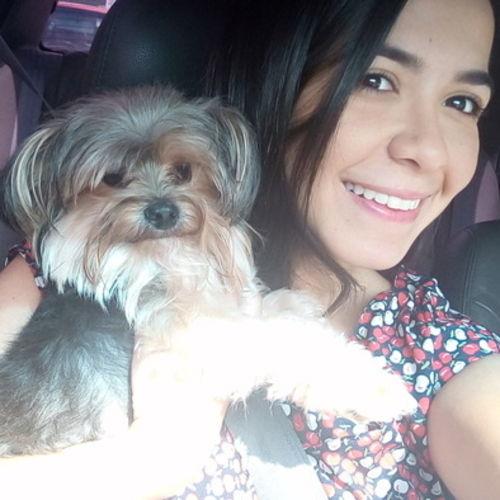 Pet Care Provider Arianna Mendez's Profile Picture
