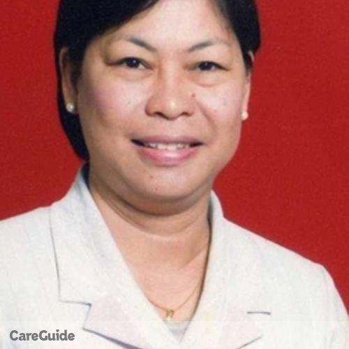Canadian Nanny Provider Cecil 's Profile Picture