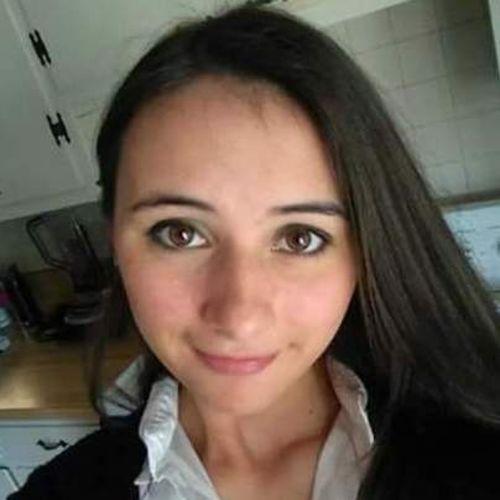 Pet Care Provider Lainee B's Profile Picture