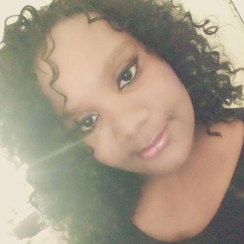Housekeeper Provider Demetrianah B's Profile Picture
