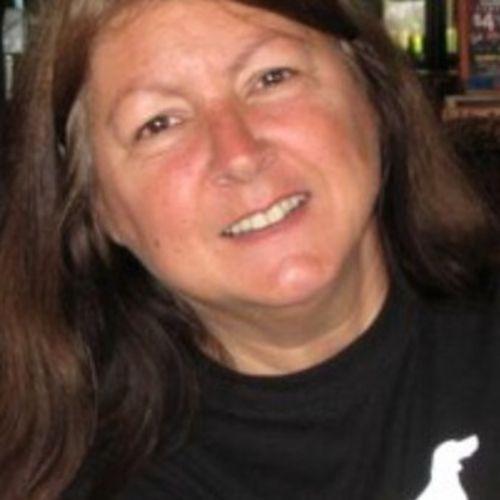 Pet Care Provider Kim Sharpe's Profile Picture