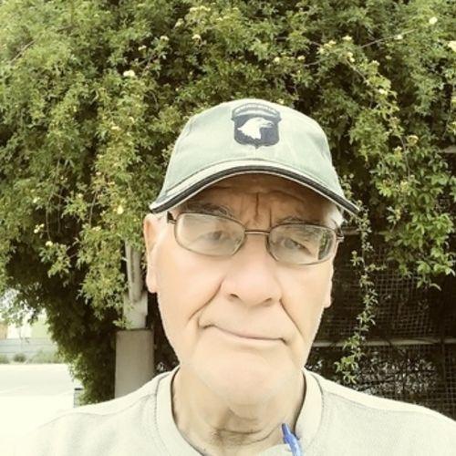 House Sitter Provider Julian F's Profile Picture