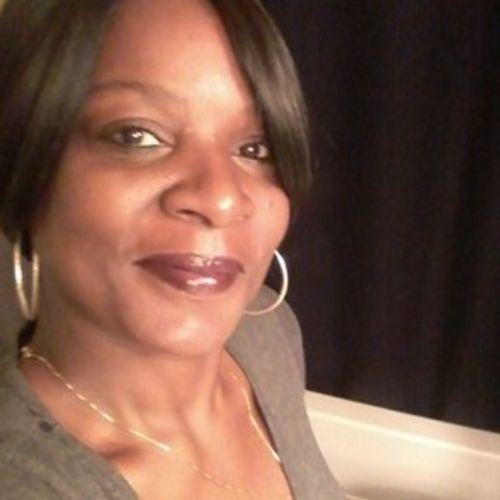 Elder Care Provider LOBRETTA P's Profile Picture