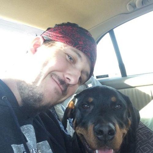 Pet Care Provider Devon B's Profile Picture