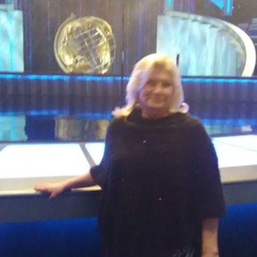 House Sitter Provider Sherri M's Profile Picture