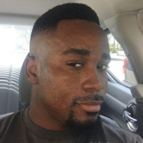 House Sitter Provider Chris Elliott's Profile Picture