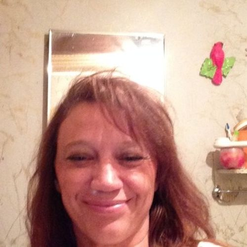House Sitter Provider Angela Cummings's Profile Picture