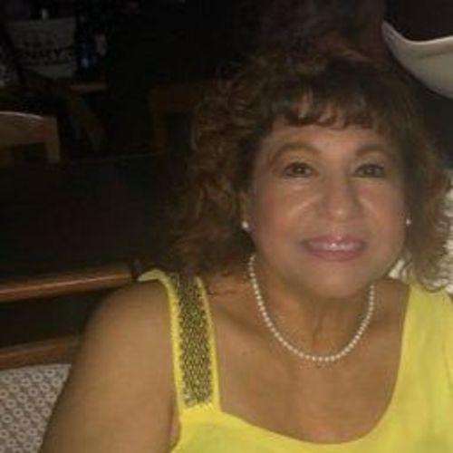 Elder Care Provider Mari H's Profile Picture
