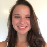 I am Maddie and I live in Lancaster, PA. I am a creative and energetic babysitter and I love learning and playing with kids.