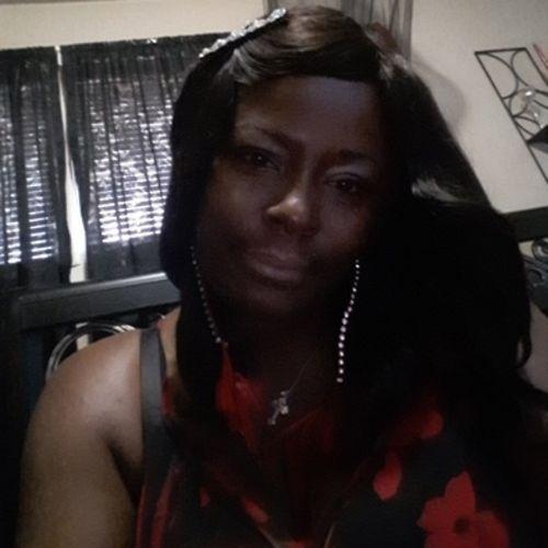 Housekeeper Provider Iris J's Profile Picture