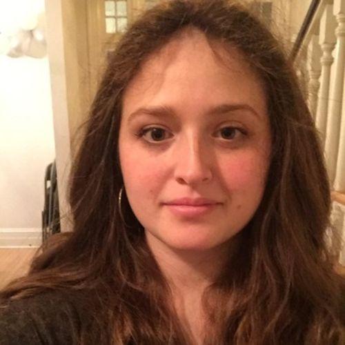 Housekeeper Job Chaya B's Profile Picture