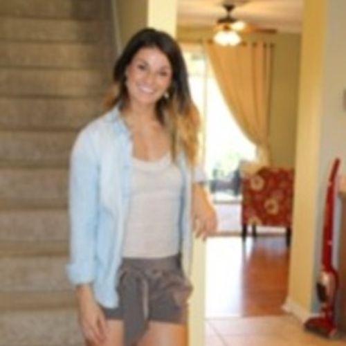 House Sitter Provider Angela Hartz's Profile Picture