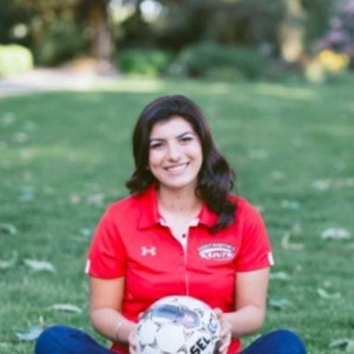 Pet Care Provider Madison W's Profile Picture