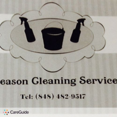 Housekeeper Provider Four season Cleaning service's Profile Picture
