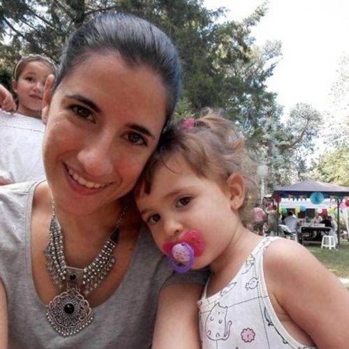 Canadian Nanny Provider Andrea R's Profile Picture