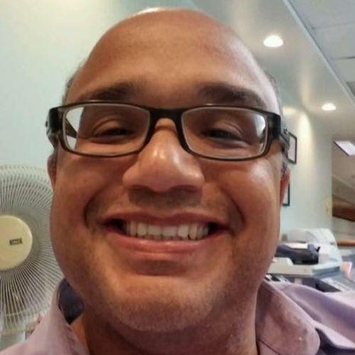 House Sitter Provider Roberto Collazo's Profile Picture