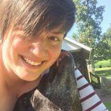 Dog Walker, Pet Sitter in Evansville