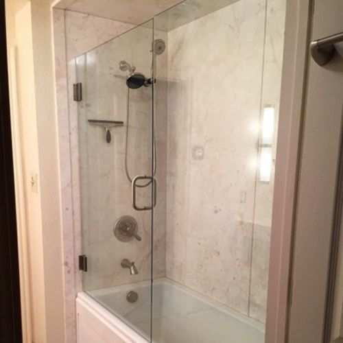 Painter Provider Five Star Bath Solutions of North Calgary's Profile Picture
