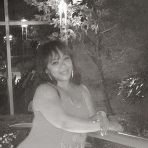 Housekeeper Provider Lynda Nieves's Profile Picture