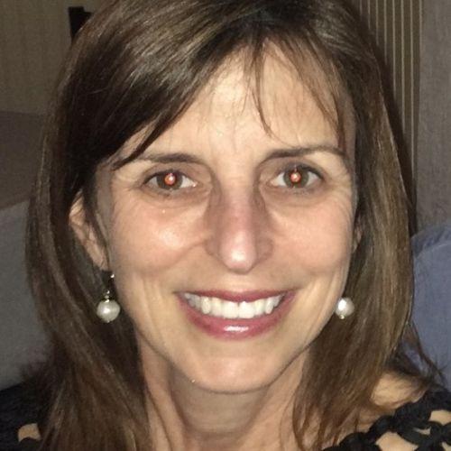 Pet Care Provider Lori H's Profile Picture