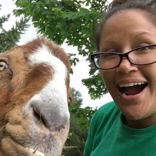Pet Care Provider Lucinda B's Profile Picture