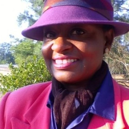 House Sitter Provider Ms Angela L Vann's Profile Picture