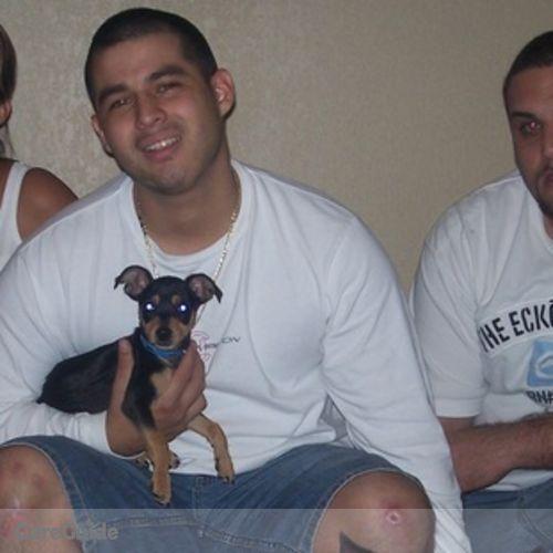 Pet Care Provider Randy Acuna's Profile Picture