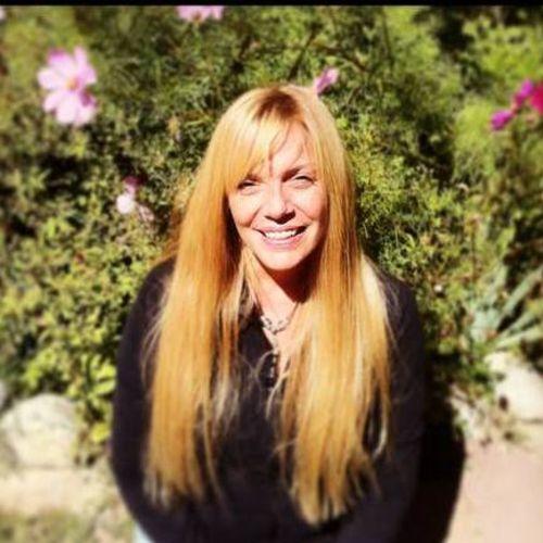 House Sitter Provider Regina Pasquarello's Profile Picture