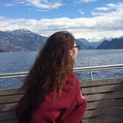 Canadian Nanny Provider Alyssa Faires's Profile Picture