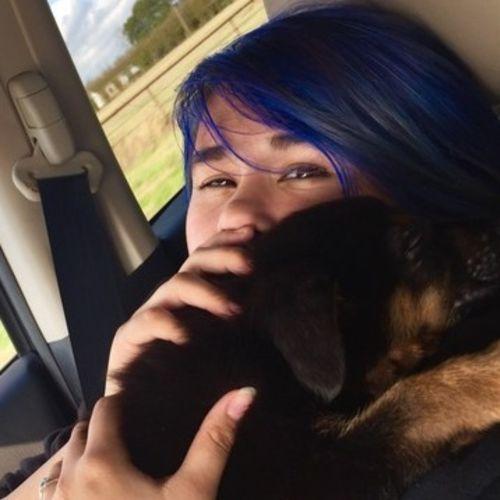 Pet Care Provider Shelby Burris's Profile Picture