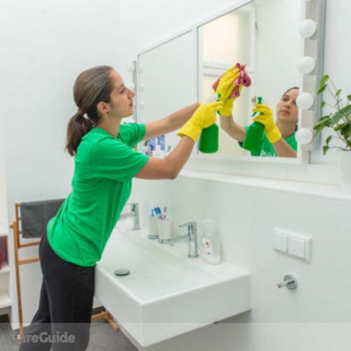 Housekeeper Provider Ogomitan O's Profile Picture