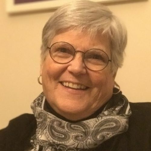 House Sitter Provider Lin Newman's Profile Picture