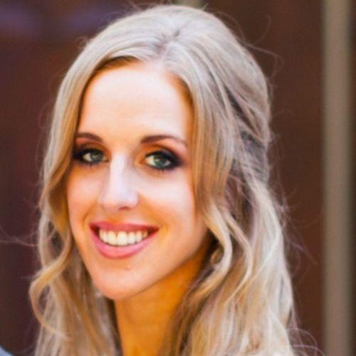 House Sitter Provider Rhiannon DuCoeur's Profile Picture