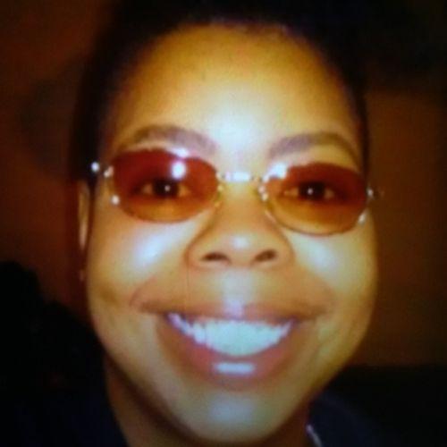 Housekeeper Provider Derrisha H's Profile Picture