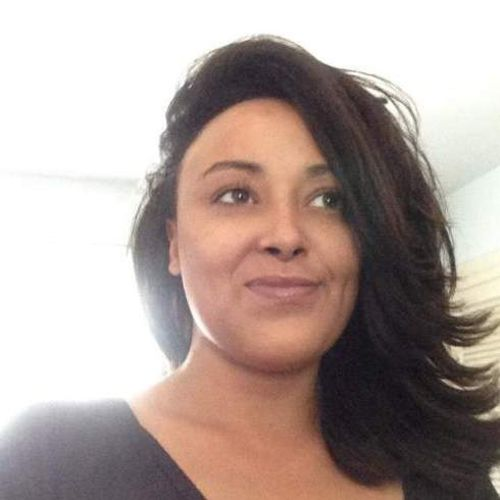 Housekeeper Provider Carmen Berry Gallery Image 1