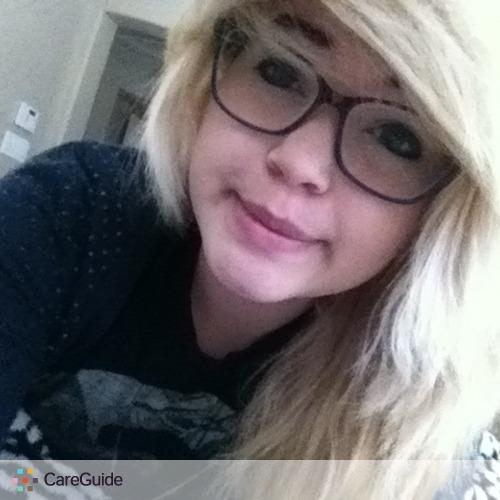 Pet Care Provider Karina Aguilera's Profile Picture