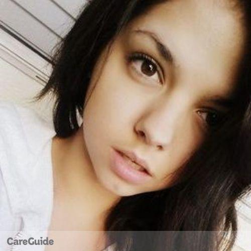 Housekeeper Provider Mia Maxfield's Profile Picture