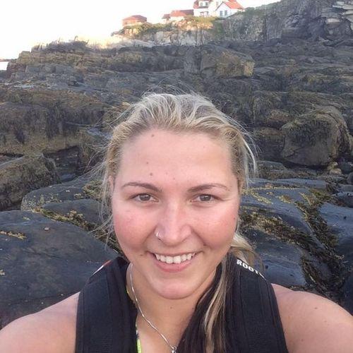 Housekeeper Provider Kali Burnham's Profile Picture
