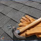 Roofer in Roslyn Heights