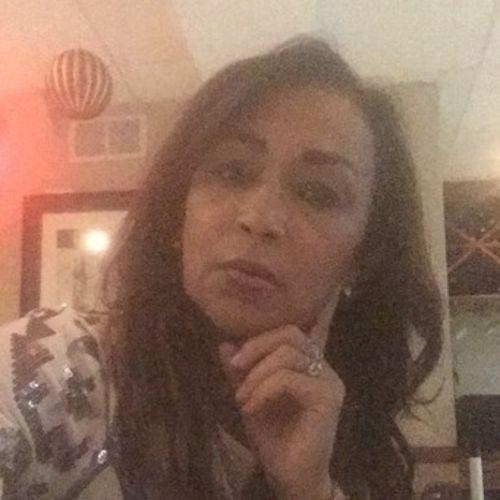 Housekeeper Provider Rita Nascimento's Profile Picture