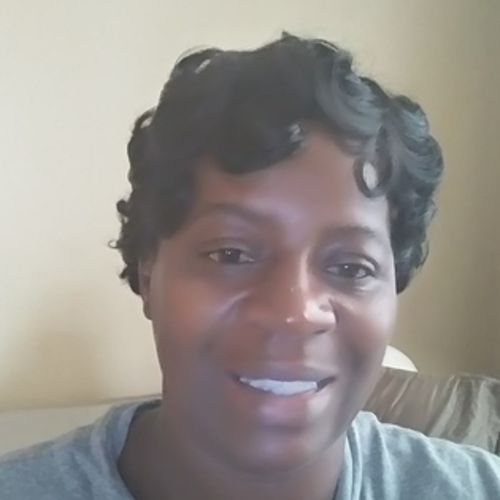 Housekeeper Provider Regina Flowers's Profile Picture