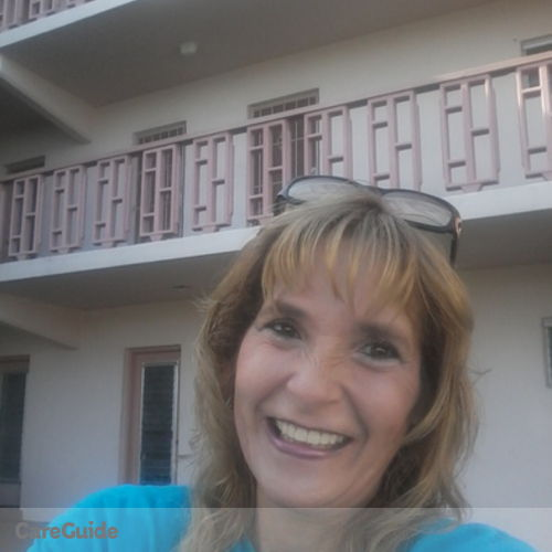 House Sitter Provider Rena Lyons's Profile Picture
