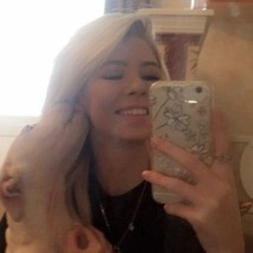 Pet Care Provider Madison C's Profile Picture
