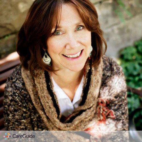 Writer Provider Maya Christobel's Profile Picture