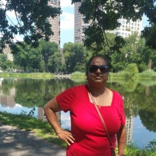 Elder Care Provider Sherry Seenath's Profile Picture