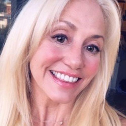 Pet Care Provider Andrea S's Profile Picture