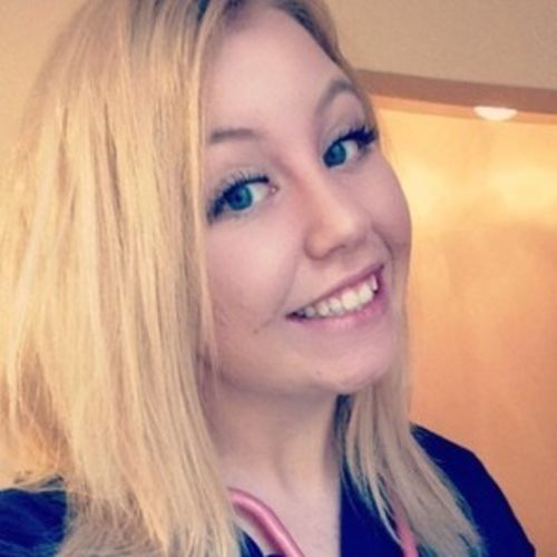 Canadian Nanny Provider Emmelie O's Profile Picture